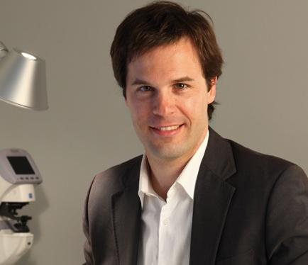 Dr. Xavier Valldeperas
